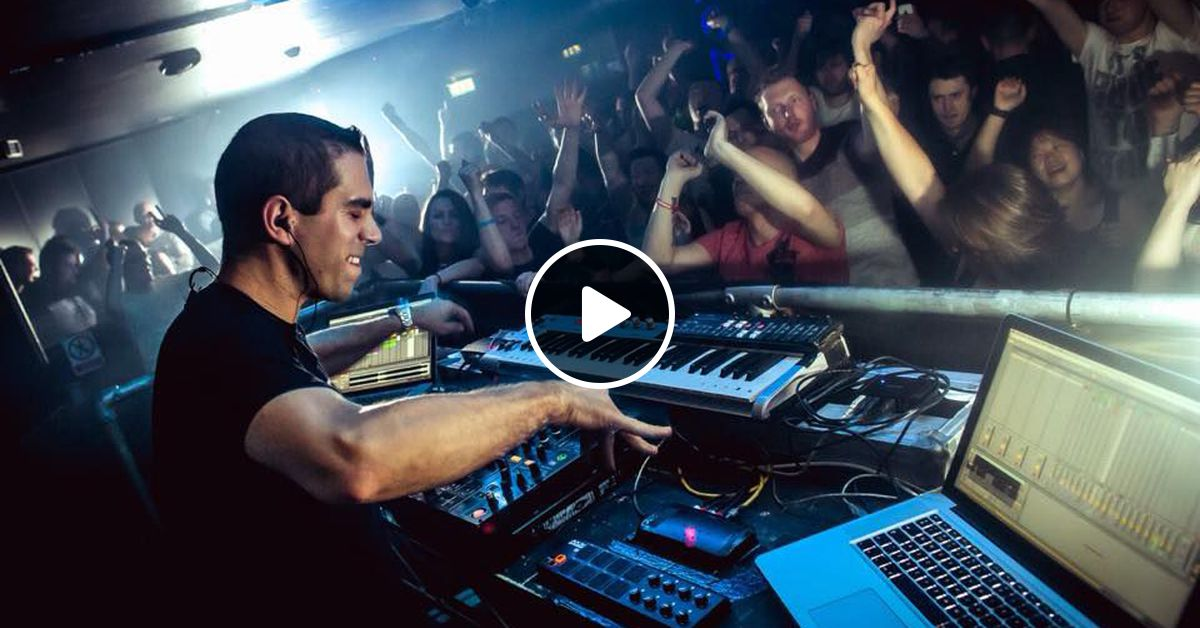Giuseppe Ottaviani live performance on A State of Trance
