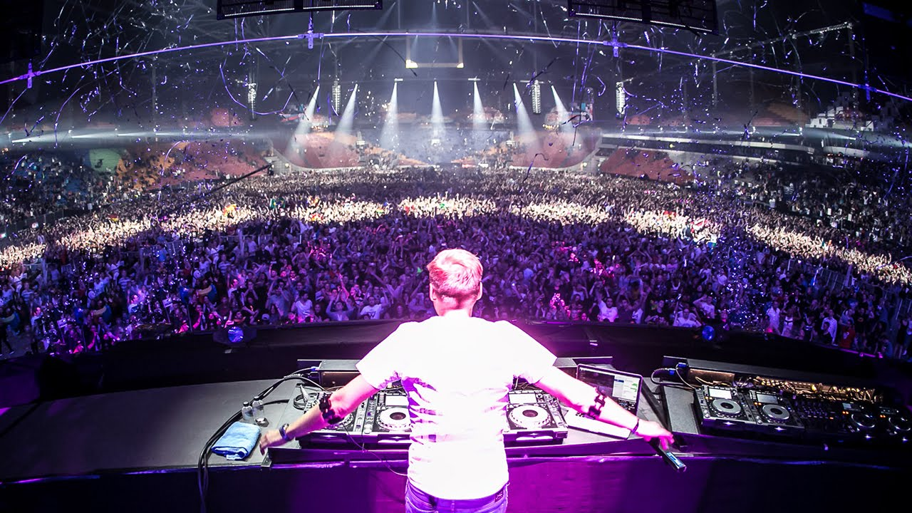 Listening to #ASOT710 the best episode yet!